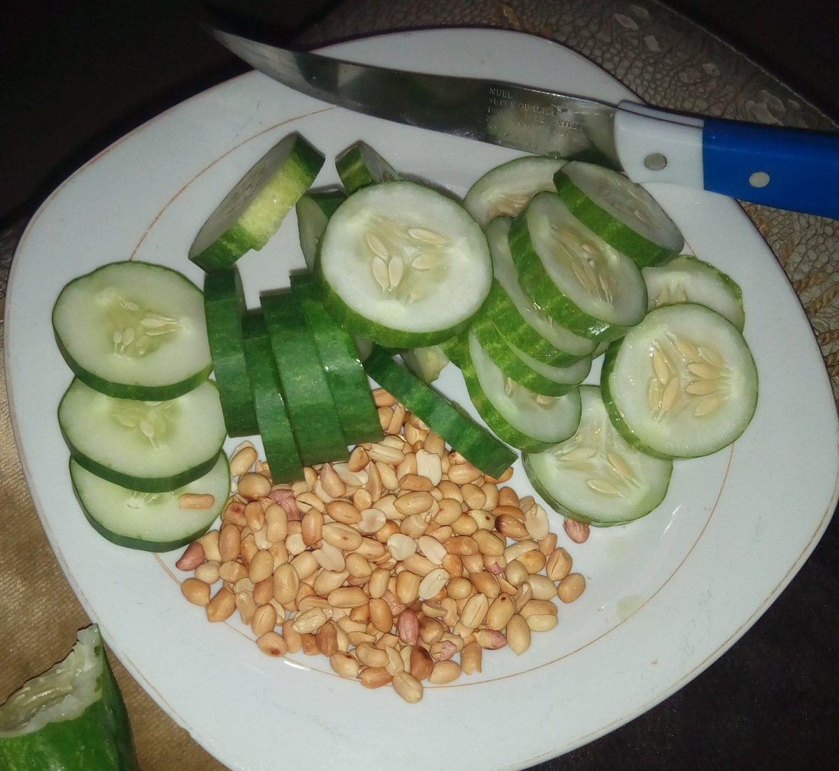 Health Benefits of Cucumber and groundnut