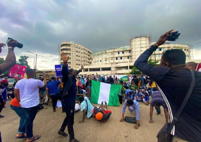 How to stay safe during a protest in Nigeria
